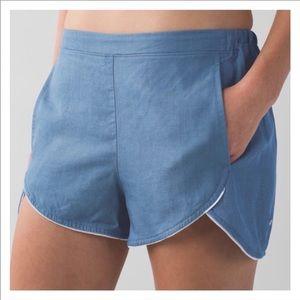 Lululemon Wake and Flow Shorts Size 8
